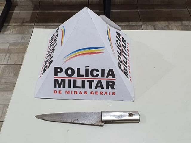 Policiais-Arma-Branca-Faca