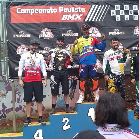 Esporte-BMX-Piloto-Guilherme-Mesquita-Pódio
