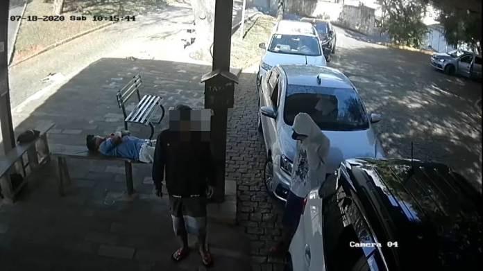 Taxista-assaltada-destaque