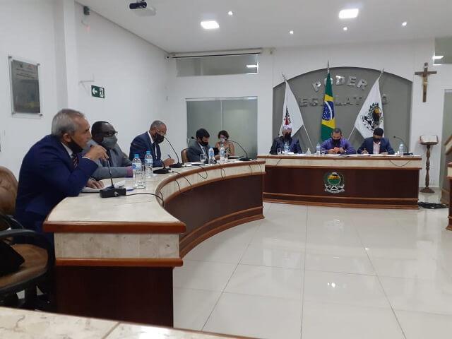 Camara-Vereadores-Plenario-Legisladores-02